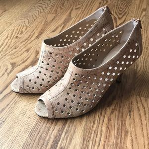 Vaneli.  High heels. Size 9. Tan color